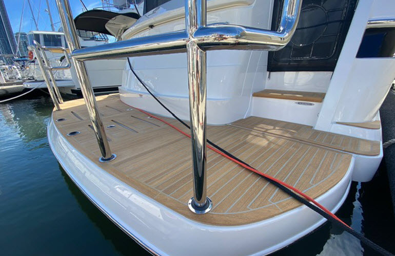 Marine Detailing Stainless and Aluminium - The Boat Butler 0401 209 514